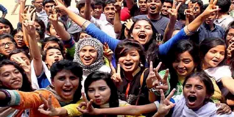 চট্টগ্রামে জিপিএ-৫ পেল ১২ হাজার ১৪৩ শিক্ষার্থী,জিপিএ-৫ এ এগিয়ে ছাত্রীরা